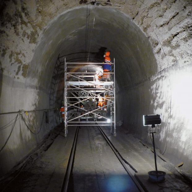 Túneis, Canais e Passagens Hidráulicas