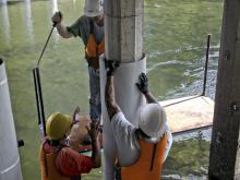Reparação de pilares danificados em ambiente marítimo
