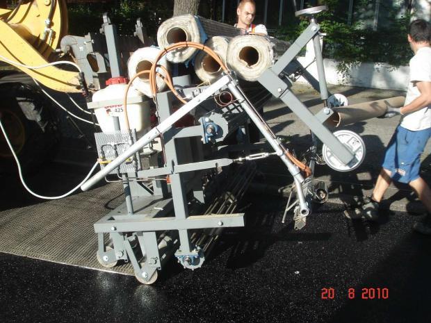 Aplicação de S&P Glasphalt® G com equipamento desenvolvido pela S&P